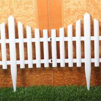 Wholesale 61X33CM Plastic Fences White Railing Fences European Country style Insert Ground For Garden Courtyard Decor Easily Assembled