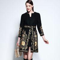 Wholesale New Arrival Women s O Neck Embroidery Flowers Elegant Runway Woolen Coats with Belt