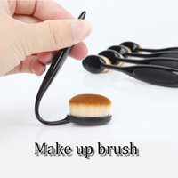 Wholesale Cosmetic Oval Brush Beverly Hills Oval Makeup Brush Foundation Brushes BB Cream Powder Brush Tooth Shape Brush Makeup Tool