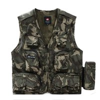 bamboo shots - Summer Men Outdoor Military Vest With Water Bag Vest Hunting Shooting Photographer Vests with Many Pockets Vest