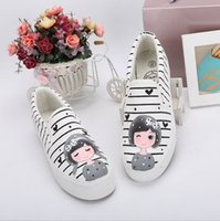 bear muscles - Foot wrapping women s canvas shoes personalized hand painted shoes girl bear flat grey low graffiti shoes comfortable cow muscle