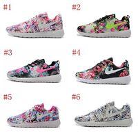 barefoot design shoes - 2016 New Design rosheBR run Floral Flower running shoes for men women Hot Sale London Mesh Barefoot Sports Sneakers Casual roshes runs