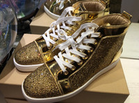 achat en gros de top sneakers hautes strass-Hot Sale Hommes Femmes Or Cuir avec strass High Top Red Bottom Fashion Sneakers, Luxe Unisexe Marque à lacets confortables Souliers