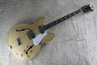 achat en gros de guitare électrique naturelle creuse-Custom John Lennon Révolution Casino Natural Maple ES Jazz Guitare électrique Ebony Fingerboard Semi-corps creux Double f trou en métal Tailpiece