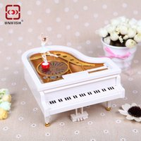 Wholesale Christmas Gift New White Gold Piano Music Box Classical Day Gift Boutique with Dancing Girl Song to Alice Mechanical Dancing Ballerina