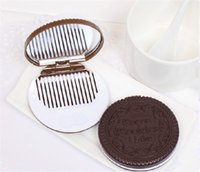 Wholesale 6 x1 cm Chocolate Cookie Shaped Mirror Makeup Make Up Mirrors With Comb Girls Women Mini Pocket Mirrors random color