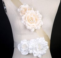 Wholesale Champagne Flowers Bridal Sashes with Hand made Flower White Flowers Bridal sashes belts Style
