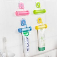 bathroom cleansers - 5 Color Creative Toothpaste Dispenser Squeezer Bathroom Facial Cleanser Tube Rolling Holder Tools Dispenser Squeezing Bathroom Set PPA366