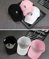 Wholesale 2016 the latest hat fashion innovative especially suitable for young people is the embroidery design both men and women use