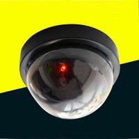 Wholesale Creative Home Security Simulation Realistic Lookinng Security Camera Motion Detectin System Easy Installation Simulation Monitor with LED