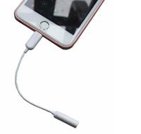 al por mayor accesorios para auriculares-Auriculares Conector de auriculares Cable adaptador de conector para el iPhone 7/7 más cable de datos de 3,5 mm Cable de adaptador 10 cm Accesorios para teléfonos celulares Blanco