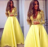 Wholesale Elegant Yellow Dubai Abaya Long Sleeves Evening Gowns V neck Lace Dresses Evening Wear Zuhair Murad Prom Party Dresses