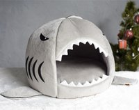 Wholesale Shark Bed for Small Dog Cat House Cave Bed Removable Cushion waterproof Bottom Most Lovely Pet House Gift for Pet