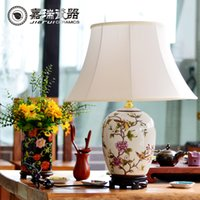 Wholesale Unique Design Chinese Hand painted ceramic Reading Table Lamp Flower and birds Pattern Porcelain Bedside lamp Home decoration Art Crafts