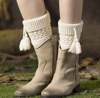beautiful tassels - 2016 NEW boot cuffs fashion Beautiful leg guardsstill set yarn button boots set knitting Christmas pick hole flanging twill tassel