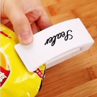 Wholesale 1PC Portable Mini Heat Sealing Machine Impulse Sealer Seal Packing Plastic Bag Kitchen tool