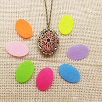 Wholesale Vintage Style Censer Aromatherapy Jewelry Essential Oil Diffuser Floating Hollow Oval Shaped Locket Pendant Necklaces For Women Girl