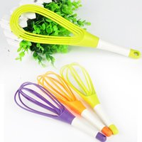 Wholesale Rotatable Whisk Eggbeater for Kitchen Gadgets Stirring Whisk Mixer Multifunctional Rotary Egg Beater Random Color