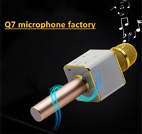Wholesale Home ktv karaoke player Q wireless bluetooth microphone speaker handheld micro phone for karaoke singingMini Portable USB Charger in China