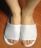 anti skid rubber - Disposable non woven cloth anti skidding hotel guest house disposable slippers