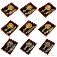 Wholesale Classic Retro Vintage Makeup Compact Mirror Copper Golden Hollow Compact Mirrors with Hair Comb Engraved Mirror