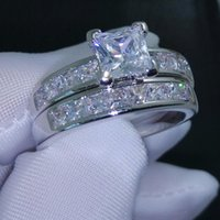 Wholesale Size Jewelry Valueable Princess Cut Topaz Cz KT White Gold Filled Wedding Ring Set for love gift