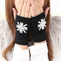 Wholesale Autumn and Winter New Fashion Cute Gloves Combed Cotton Knitting Women Rhinestone Warm Half Finger Gloves