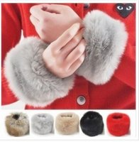Wholesale Hot selling Winter Warm all match Covered Fingerless Faux Fur Gloves for Women Hand Ring Cuff Wristband B6111