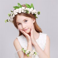 Wholesale New Lovely Girl Kids Adults Wreath Head Crown Floral Hoop For Wedding Travel Photography Decoration B0698