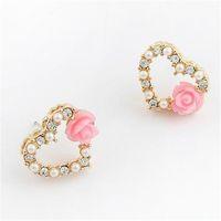 al por mayor las perlas del corazón al por mayor-Las rosas coreanas de la perla de la venta al por mayor de la joyería del envío libre destelan los pendientes del diamante de los pendientes de la perla del amor del corazón del melocotón de los pendientes del diamante