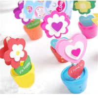 Wholesale sun flower cute Wooden color card holder photo clip name note memo stand office supply home decoration desk