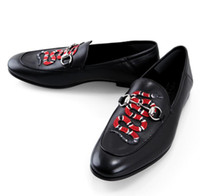 al por mayor los zapatos de los conductores-2016 caída de alta calidad para hombre de lujo multicolor hebilla del cuero genuino de los holgazanes de los animales de la serpiente del bordado de conducción zapatos zapatillas de controladores