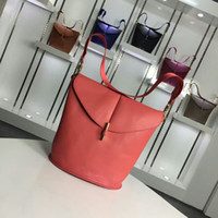 Wholesale fashion camera bag cowhide Drawstring leather bag for woman casual leisure daily bag large capacity bag Simple Design brand new x25x17cm