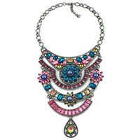 Cheap High Quality Color Crystal necklace Graceful women costume choker pendant statement Necklace fashion Vintage Jewelry wholesale