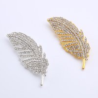 Wholesale Original European and American fashion full of diamonds diamond leaf alloy pearl brooch pins clothing accessories