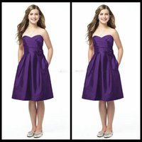 Wholesale 2017 Junior Bridesmaid Dresses Elegant Purple Satin Sweetheart A Line Ruched Satin Knee Length Cheap Country Bridesmaid Dresses With Flower