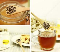 Wholesale Fashion Hot Cute Wood Creative Carving Honey Stirring Honey Spoons Honeycomb Carved Honey Dipper Kitchen Tool Flatware Accessory