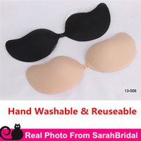 Wholesale Strapless Backless Invisible Nu Bras Cups New Reusable Silicone Nude Black Nubra Cheap Bridal Underwear Wedding Prom Dresses Accessories