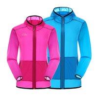 Wholesale Reflective Running Jacket Light Thin Rain Coat Skin Hoody UPF Protection Packet Travel Hiking Camping Cycling Jersey Run Jackets