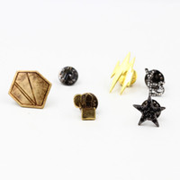 antique silver brooches - Multi shapes Brooches pins Unisex Antique Silver Gold plated Brooches pins New Design Cross Stars lighter lightning Brooches Fashion Jewelry