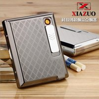 Wholesale Multifunctional Cigarette Case with Rechargeable Electronic USB Lighter Cigarette Case Windproof Flameless Lighter b295