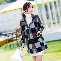 Wholesale Vintage Plaid Winter Coat For Women Elegant Double Breasted Long Sleeve Wool Coats With Pockets Slim Checked Trench Coat Overcoats FHF0823