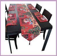 Wholesale Red Unique Christmas Holiday Table Runners Place mat set Santa Claus Christmas Tree Rectangle Table cloth Decorative Bed Runner