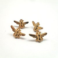 Wholesale 50pcs shiny gold color honeybee shape metal pin badge small cute alloy bee badge pin