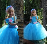 Wholesale 2106 Flower Girl Dresses Handmade Flowers Kids Ball Gowns Blue Long Tulle Puffy Princess Pageant Dresses For Girls First Communion Dresses