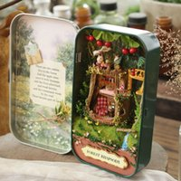 Wholesale Doll House Diy miniature Wooden Puzzle D Dollhouse miniaturas Furniture House Doll For Birthday Gift Toys Box Theatre Trilogy