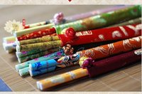Wholesale Birthday Gifts sets Natural Green Edible Natural Health End No Paint with Exquisite Cloth Case Crafts Gifts Bamboo Chopsticks