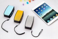 Wholesale Portable Wireless Bluetooth Speaker With FM Radio Support TF mm Audio Handsfree For Phone PC Tablet