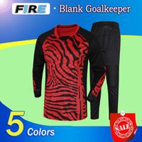 Soccer Men Short 2015 16 17 new kids soccer goalkeeper jersey set men's sponge football long sleeve goal keeper uniforms goalie sport training suit top pants