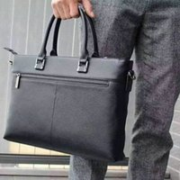 Wholesale Hot new first layer of leather laptop bag Messenger bag leather briefcase bag document office bag black male